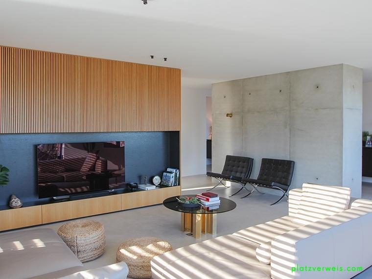 Hinterzimmer Gießerei Couch groß